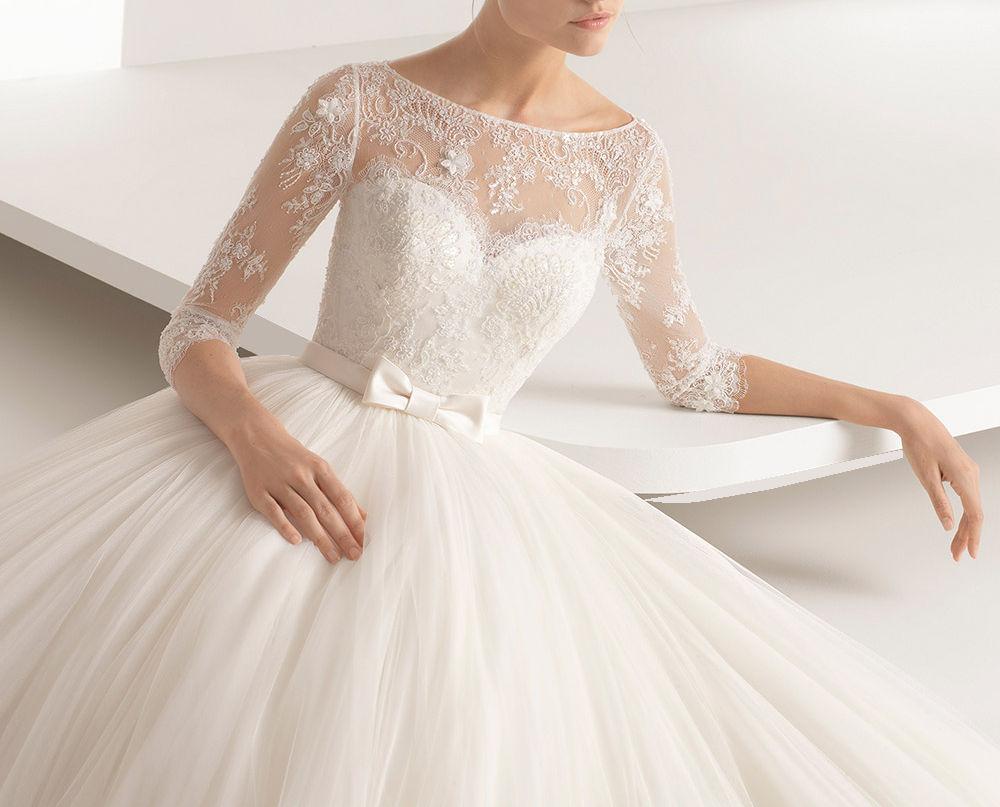 Bröllopsklänning med underkjol